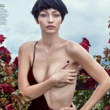 Gigi Hadid topless for Vogue magazine 2016 August HQ photo