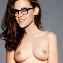 Kristen Stewart full frontal naked UHQ photo