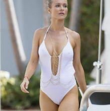 Joanna Krupa pokies cameltoe in wet white bikini by the pool in Miami 15x UHQ photos