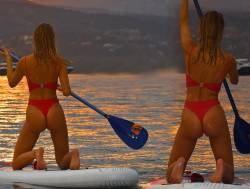 Kimberley Garner hot ass in bikini