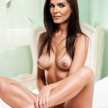 Angie Harmon from Rizzoli & Isles nude in the bed HQ photo