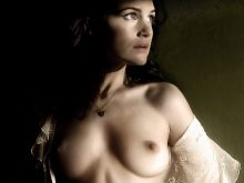 Carla Gugino young and nude photo UHQ