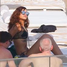 Rihanna and Cara Delevingne wearing sexy bikini in Rio de Janeiro 2015 September 90x MixQ