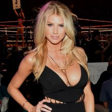 Charlotte Mckinney cleavage at the Mayweather VS Pacquiao in Vegas 4x UHQ