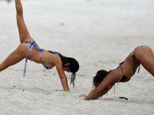 Arianny Celeste sexy bikini on a Miami Beach 12x HQ