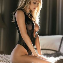 Sara Underwood see through lingerie 10x HQ Instagram photos