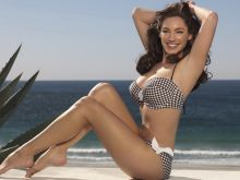 Kelly Brook hot New Look Swimwear photoshoot 17x HQ