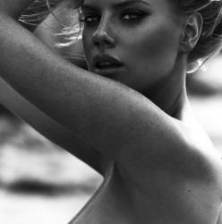 Charlotte McKinney topless photo shoot by Josie Clough 4x HQ photos