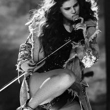 Selena Gomez sexy Revival tour opening in Las Vegas 32x HQ photos