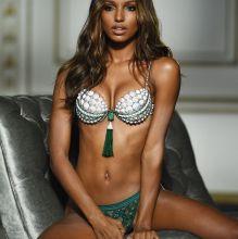 Jasmine Tookes sexy in the Victoria's Secret Fantasy Bra photo shoot 4x HQ photos