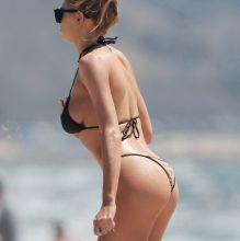 Charlotte McKinney big boobs pokies in tight bikini on the beach in Santa Monica 20x HQ photos