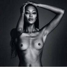 Naomi Campbell topless Twitter photo HQ