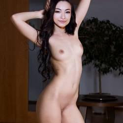 Jodelle Ferland naked
