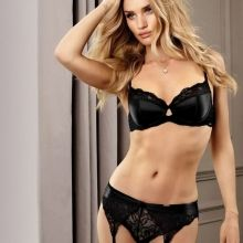 Rosie Huntington-Whiteley sexy Marks & Spencers 2015 Lingerie Collection 2x MQ