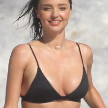 Miranda Kerr sexy bikini photo shoot on the beach in Malibu 46x HQ photos