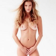 Nina Agdal nude on Instagram photos 2x MQ