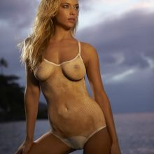 Hannah Ferguson nude bodypaint Sports Illustrated 2014 Swimsuit 18x HQ