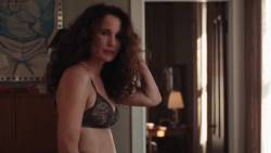 Andie MacDowell, Dree Hemingway, Francesca Faridany - Love After Love
