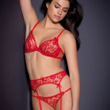 Nicole Harrison sexy Agent Provocateur lingerie photo shoot 33x HQ