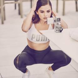 Selena Gomez sexy spread legs for PUMA IGNITE Flash evoKNIT Colletion 4x HQ photos