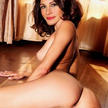 Julia Roberts young and nude from Pretty Woman photo shoot UHQ