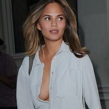 Chrissy Teigen deep cleavage without bra show nice boobs out and about in NY 7x HQ