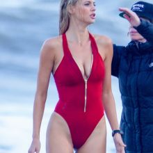 Kelly Rohrbach cleavage big ass big boobs on the set of Baywatch in Savannah 100x MixQ photos