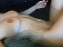 Scout Willis naked topless selfies 3x HQ