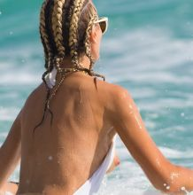 Lady Victoria Hervey boobs pop out nip slip candids on the beach in Barbados 30x HQ photos
