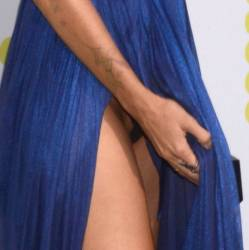 "Natalie Morales upskirt on the carpet at the ""Battle of the Sexes"" premiere 2x UHQ photos"
