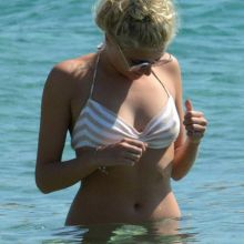 Pixie Lott wearing sexy bikini on the beach in Mykonos, Greece 65x HQ
