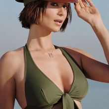 Catherine Bell hot photo shoot for FHM magazine 11x UHQ