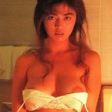 Kumiko Takeda topless, strip, lingerie, tiny bikini Japanese actress gravure idol 71x HQ