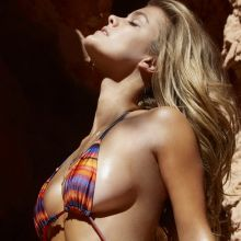 Nina Agdal nude topless bodypaint Sports Illustrated sexy Swimsuit 2015 photo shoot 33x HQ
