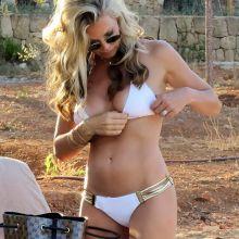 Caprice Bourret sexy bikini candids 7x UHQ photos