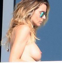Heidi Klum topless on balcony in Miami 100x HQ photos