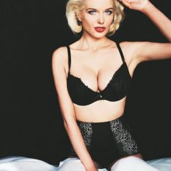 Helen Flanagan sexy Bra photo shoot 8x MQ