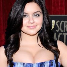 Ariel Winter hot cleavage at the 2014 SAG Awards 21x UHQ