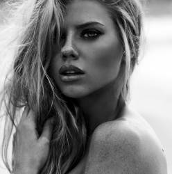 Charlotte McKinney topless photo shoot by Josie Clough 4x HQ photos