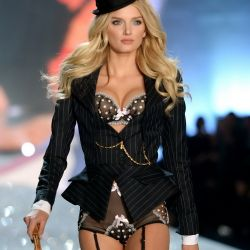 Lily Donaldson 2013 Victoria's Secret Fashion Show 9x UHQ