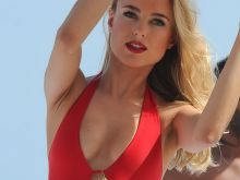 Kimberley Garner sexy swimsuit in Cannes 35x MixQ