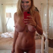 Jessica Simpson leaked nude selfie hacked naked photo HQ