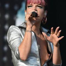 Lily Allen nip slip bobs slip at V festival at Hylands Park 8x UHQ