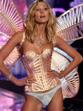 Karlie Kloss sexy 2014 Victoria's Secret Fashion Show in London 15x UHQ