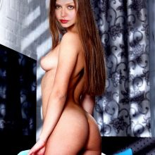 Amber Benson young and nude HQ photo