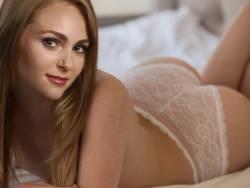 AnnaSophia Robb leaked topless selfie UHQ