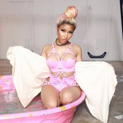 Nicki Minaj big boobs and ass in hot latex lingerie 32x MixQ