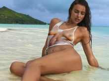 Irina Shayk nude naked topless bodypaint see through Sports Illustrated sexy Swimsuit 2016 photo shoot 40x HQ