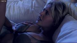 Estella Warren - Undateable John