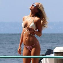 Kimberley Garner sexy bikini in Italy 4x MixQ